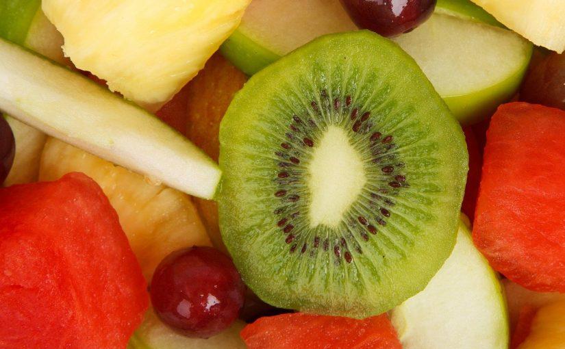Isto é o que acontece no corpo quando você come fruta de estômago vazio