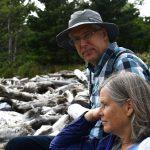 Homem finge ser surdo-mudo por 62 anos para não aturar a mulher