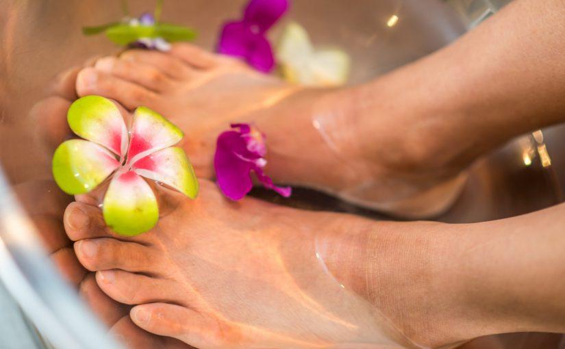 Isto é o que acontece no corpo quando se coloca os pés em vinagre 1 vez por semana