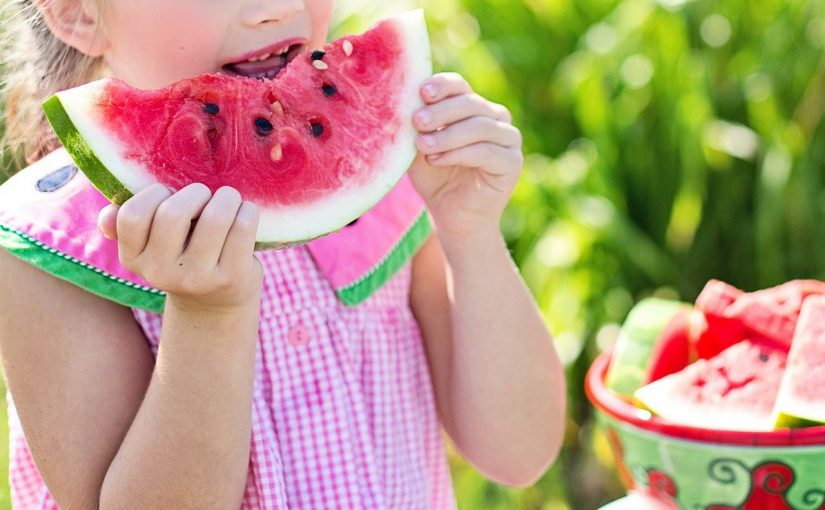 Benefícios da melancia - da hidratação à prevenção do Câncer
