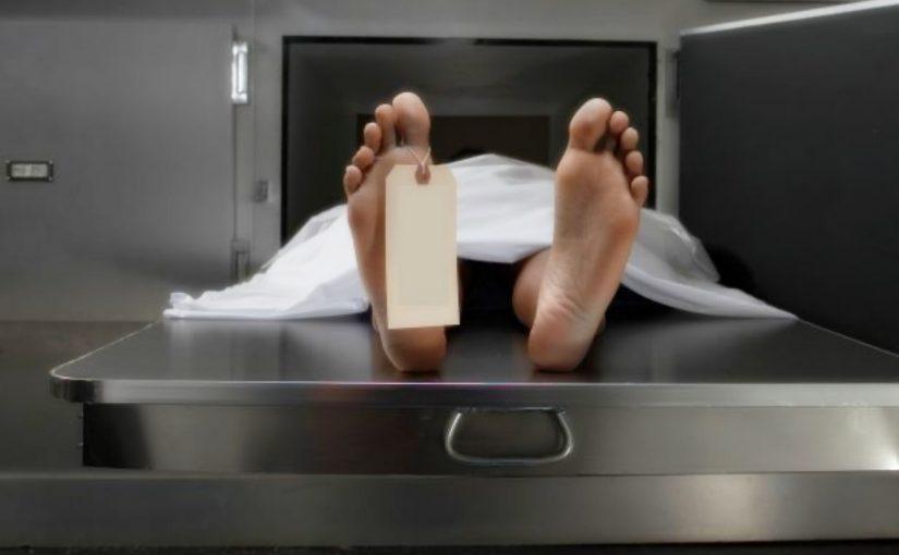 Isto é o que acontece quando os cadáveres chegam à necropsia