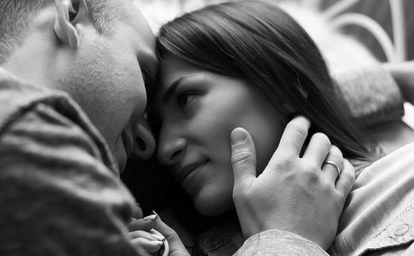 Estar num bom relacionamento melhora a saúde e a aparência