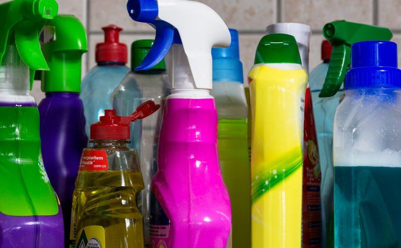 5 produtos de limpeza que nunca devem ser misturados