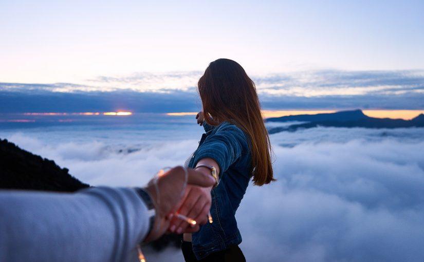 Aprenda a deixar as pessoas saírem da sua vida, se o coração fica pesado o melhor é ir