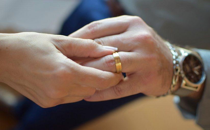 Usar aliança de casamento é importante, estes 6 motivos provam isso